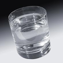 Tiszta vizet a pohárba!
